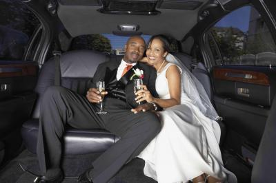 Destin Bride? Tips for Choosing Wedding Transportation on Florida's Emerald Coast