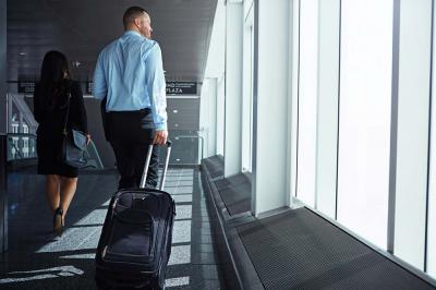 5 Crucial Diet Tips for Business Travelers