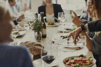 Master the Art of Successful Business Dinners